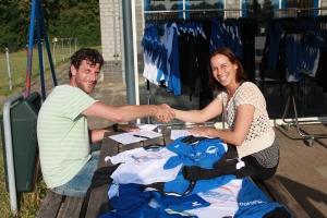 Ondertekening contract met Voorwinden